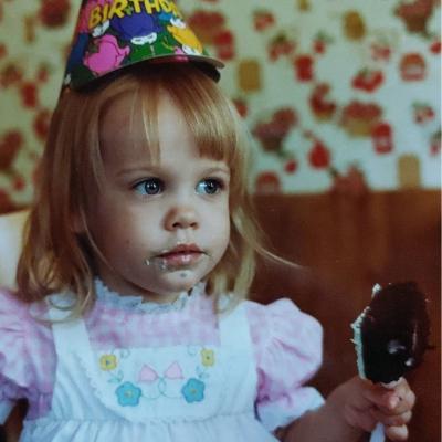 Childhood photo of Sandy Baran.