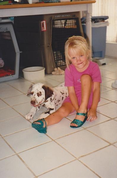 Childhood photo of Laura Gibson.
